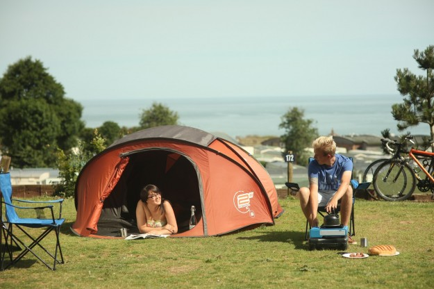 How to pitch a tent & How to pitch a tent | Ladram Bay Holiday Park