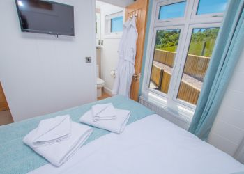 Rockpool Lodge - Double Bedroom