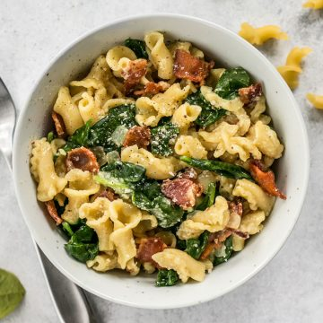 Bacon and Spinach Pasta
