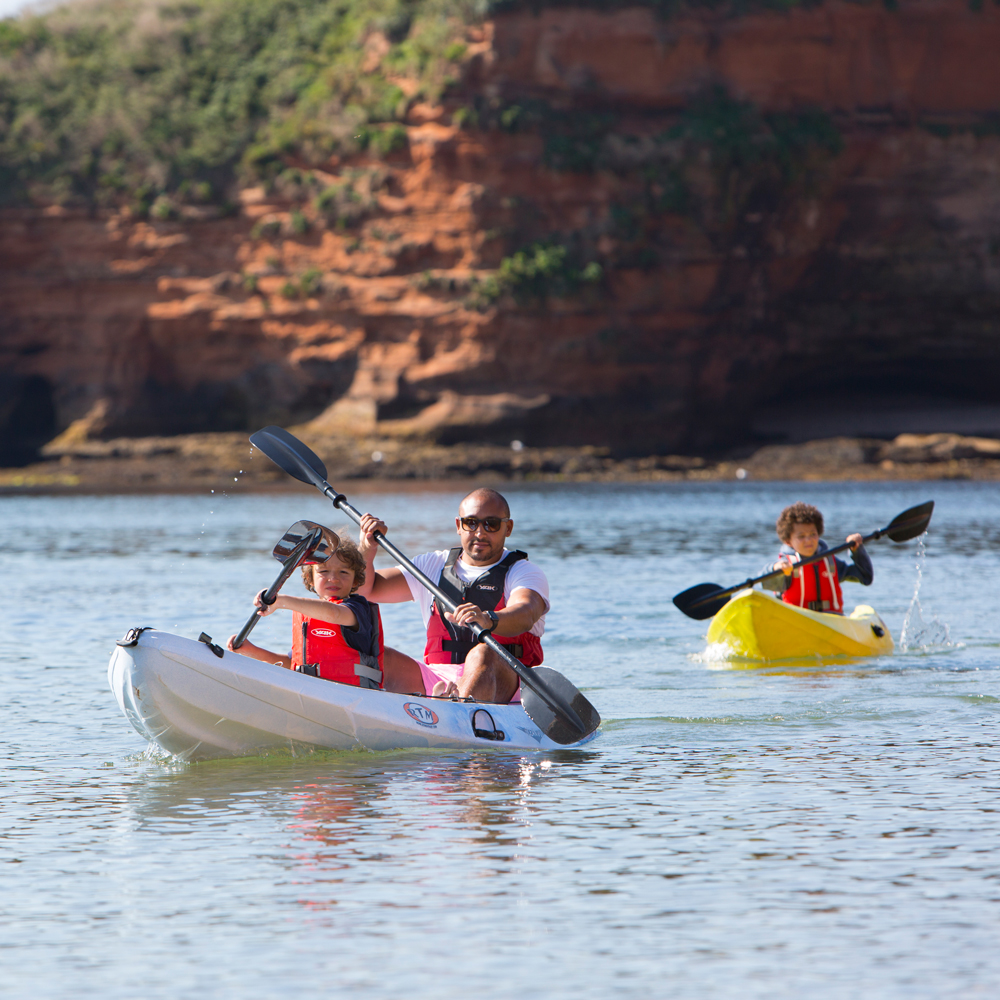 Kayaking-family-at-Ladram-Bay-East-Devon
